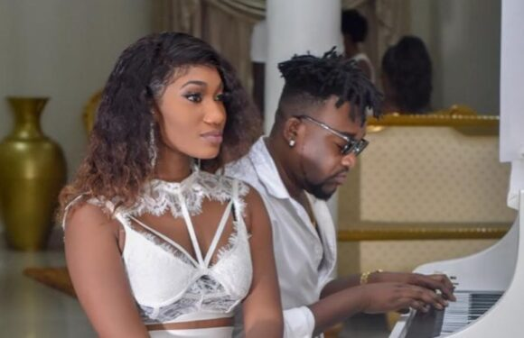 Bullet Pens Emotional Letter To Wendy Shay